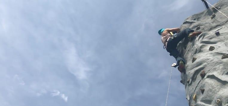 Lekhagen testar: Prova på Fallträning (från klättervägg)